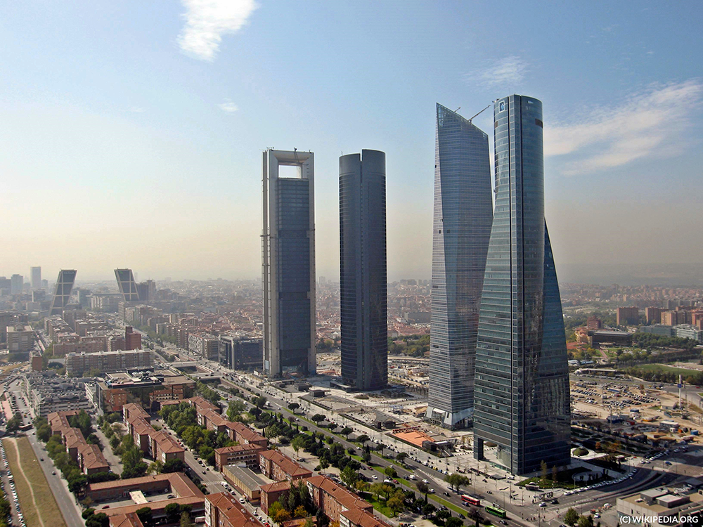 cuatro_torres_business_area